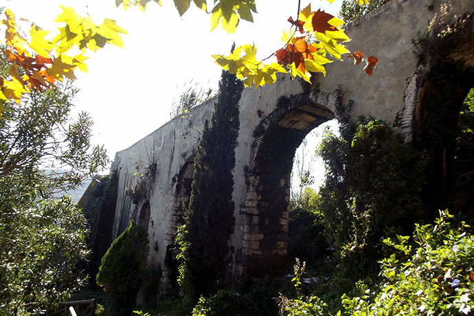 Acueducto de Santa Lucia